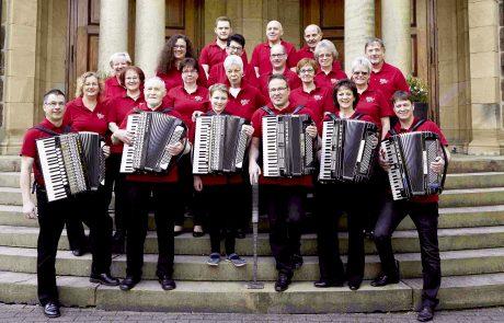 Orchester vor der Pauluskirche 2017